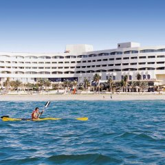 Отель Occidental Sharjah Grand пляж фото 2