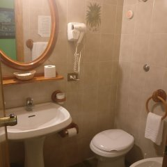 Отель Pavia Италия, Рим - отзывы, цены и фото номеров - забронировать отель Pavia онлайн ванная фото 2