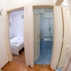 Отель St. Nicholas Church - 2 Br Apts ванная
