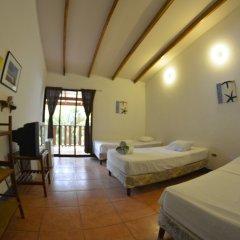 Beach Break Hotel Калетас комната для гостей фото 4