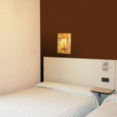 Отель Hostal Ametzaga?A Сан-Себастьян сейф в номере