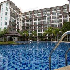 Отель Ratchy Condo Банг-Саре бассейн фото 3