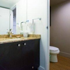 Отель West Coast Suites at UBC Канада, Аптаун - отзывы, цены и фото номеров - забронировать отель West Coast Suites at UBC онлайн ванная