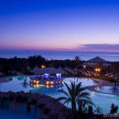 Regency Tunis Hotel бассейн