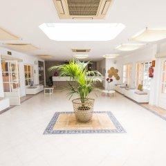 Отель AzuLine Club Cala Martina Ibiza - All Inclusive интерьер отеля