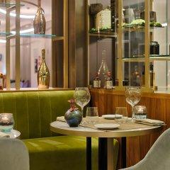 Отель NH Milano Palazzo Moscova Италия, Милан - отзывы, цены и фото номеров - забронировать отель NH Milano Palazzo Moscova онлайн гостиничный бар