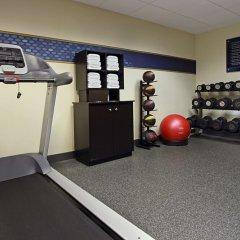 Отель Hampton Inn Columbus-International Airport фитнесс-зал фото 2