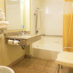 Отель Days Inn by Wyndham Frederick ванная