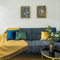 Отель Mennica Residence Chic Apartment Польша, Варшава - отзывы, цены и фото номеров - забронировать отель Mennica Residence Chic Apartment онлайн комната для гостей фото 5