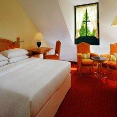 Отель Sheraton Airport комната для гостей
