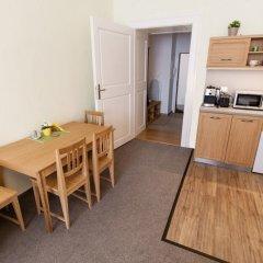 Апартаменты Karlova 25 Apartments в номере