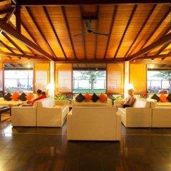 Coral Sands Hotel Хиккадува интерьер отеля фото 3