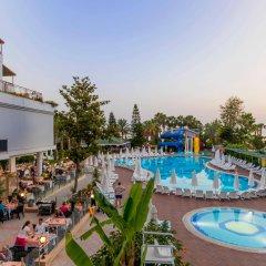 Отель Holiday Park Resort Окурджалар бассейн