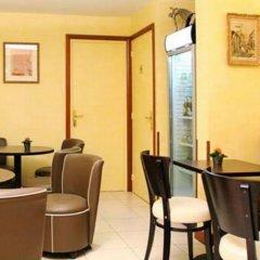 Hotel Lena гостиничный бар