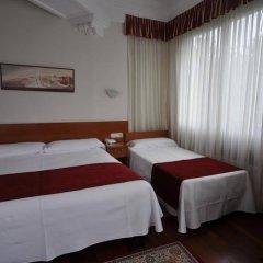 Отель Pensión Alameda Испания, Сан-Себастьян - отзывы, цены и фото номеров - забронировать отель Pensión Alameda онлайн комната для гостей фото 3