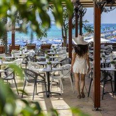 Pavlo Napa Beach Hotel in Ayia Napa, Cyprus from 144$, photos, reviews - zenhotels.com hotel bar