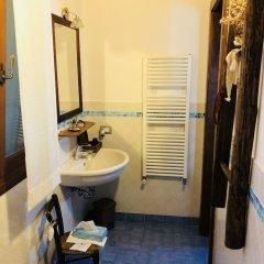 Отель La Casa Del Riccio Италия, Региональный парк Colli Euganei - отзывы, цены и фото номеров - забронировать отель La Casa Del Riccio онлайн ванная фото 2