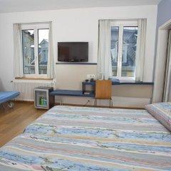 Отель Bristol Zurich Швейцария, Цюрих - 3 отзыва об отеле, цены и фото номеров - забронировать отель Bristol Zurich онлайн комната для гостей фото 5