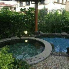 Отель Healthy Valley Private Hot Spring Villa бассейн