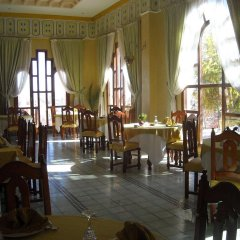 Отель Le Fint Марокко, Уарзазат - отзывы, цены и фото номеров - забронировать отель Le Fint онлайн питание