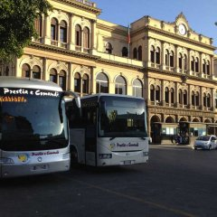 Отель Hollywood Inn Palermo B&B городской автобус