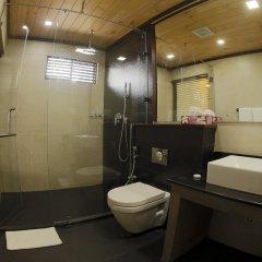 Отель Blue Beach Шри-Ланка, Ваддува - отзывы, цены и фото номеров - забронировать отель Blue Beach онлайн ванная