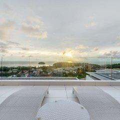 Отель The Vista Karon By Favstay балкон