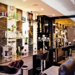 Отель Zenithar Penthouse Sukhumvit гостиничный бар