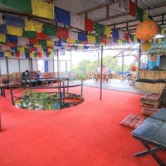 Отель Rest Up Kathmandu Hostel Непал, Катманду - отзывы, цены и фото номеров - забронировать отель Rest Up Kathmandu Hostel онлайн гостиничный бар