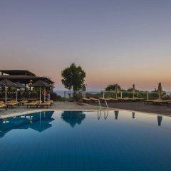 Bella Napa Bay Hotel бассейн