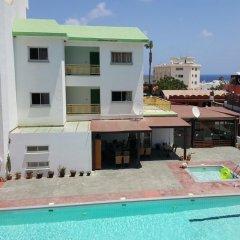 Отель Kokkinos Hotel Apartments Кипр, Протарас - отзывы, цены и фото номеров - забронировать отель Kokkinos Hotel Apartments онлайн бассейн фото 2