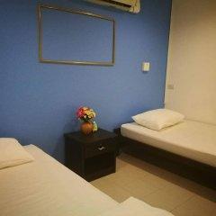 Отель FIRST 1 Boutique House at Sukhumvit 1 комната для гостей фото 2