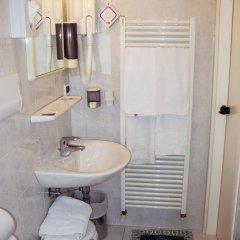 Отель Autostrada Италия, Падуя - отзывы, цены и фото номеров - забронировать отель Autostrada онлайн ванная фото 2