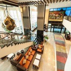 Отель Pinnacle Lumpinee Park Бангкок интерьер отеля