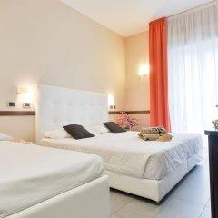 Hotel Derby Римини комната для гостей