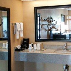 Отель Days Inn by Wyndham Sarasota Bay ванная