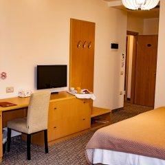 Отель Airport Tirana Албания, Тирана - отзывы, цены и фото номеров - забронировать отель Airport Tirana онлайн удобства в номере