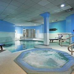 Отель Novotel London Stansted Airport бассейн фото 3