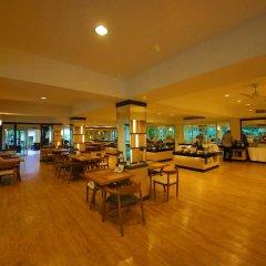 Отель Green Park Resort Таиланд, Паттайя - - забронировать отель Green Park Resort, цены и фото номеров интерьер отеля фото 3