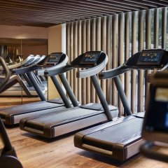 Отель The Ritz-Carlton, Millenia Singapore фитнесс-зал
