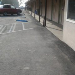 Отель Budget Inn парковка