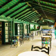 Отель Doctors Cave Beach Hotel Ямайка, Монтего-Бей - отзывы, цены и фото номеров - забронировать отель Doctors Cave Beach Hotel онлайн питание