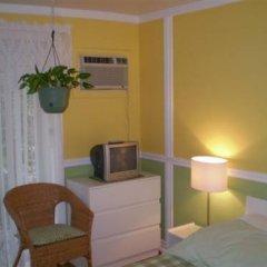 Отель L'Oasis du Vieux-Longueuil Канада, Лонгёй - отзывы, цены и фото номеров - забронировать отель L'Oasis du Vieux-Longueuil онлайн комната для гостей фото 5