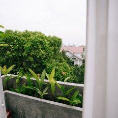 Отель Iamsaigon Homestay 100 Profit For Orphanage балкон