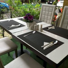 Отель PJ Patong Resortel детские мероприятия фото 2