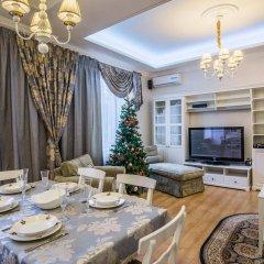 Апартаменты VIP Apartment Minsk комната для гостей фото 4