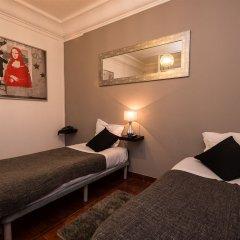 Отель V Dinastia Lisbon Guesthouse Португалия, Лиссабон - 1 отзыв об отеле, цены и фото номеров - забронировать отель V Dinastia Lisbon Guesthouse онлайн комната для гостей фото 5
