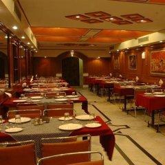 Hotel Kohinoor питание