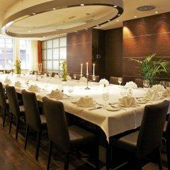 Отель Hilton Cologne фото 2