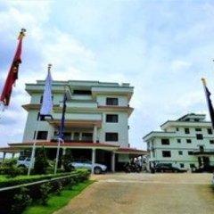 Отель Mukhum International Непал, Катманду - отзывы, цены и фото номеров - забронировать отель Mukhum International онлайн приотельная территория